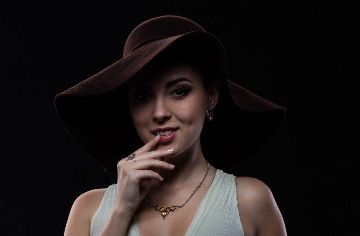 Bijoux sur modèle en studio